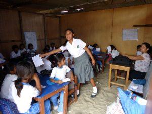 provisorischer-klassenraum-schule-los-ejidos-de-huan-piura-plan-verde-e-v